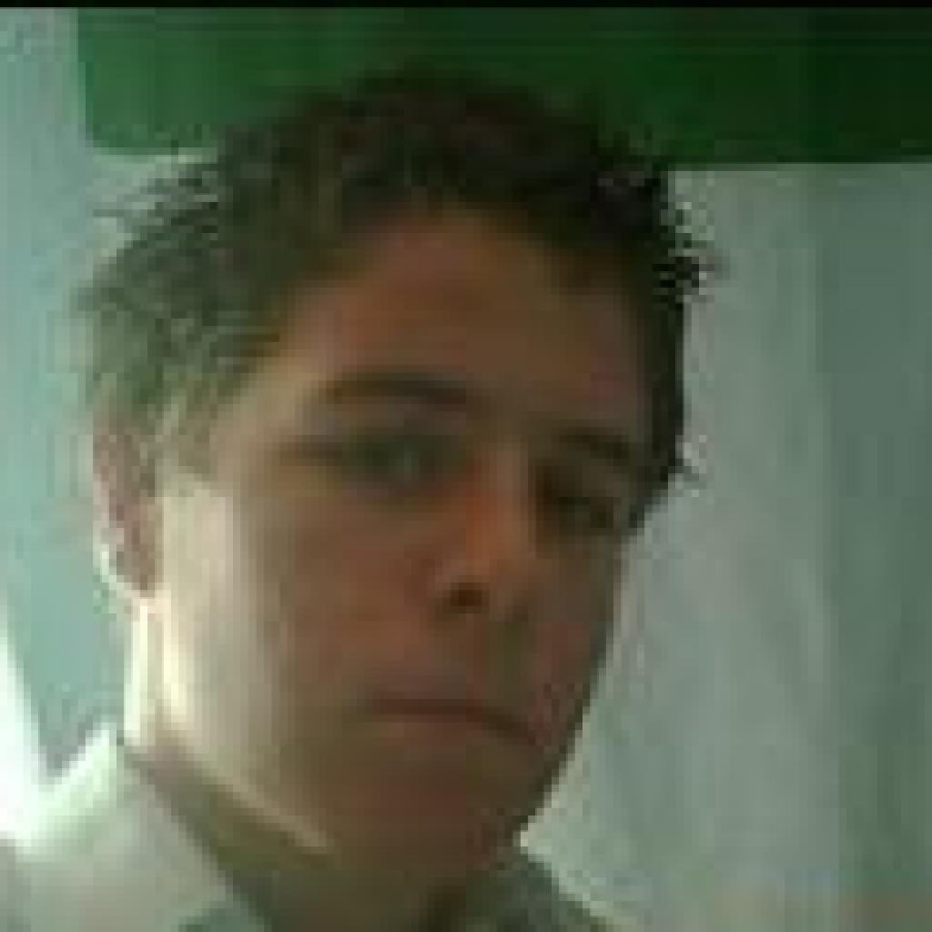 Headshot of MakeUseOf Writer, Dean Sherwin