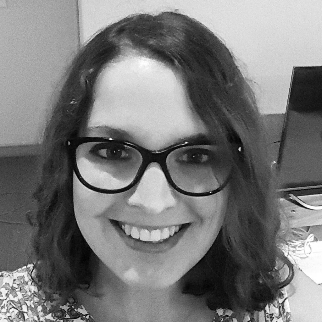 Headshot of MakeUseOf Writer, Megan Ellis