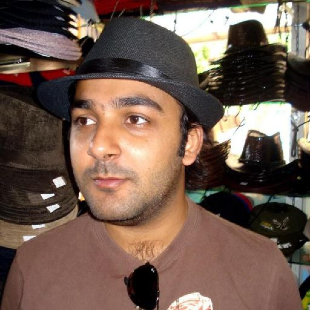 Headshot of MakeUseOf Writer, Hammad