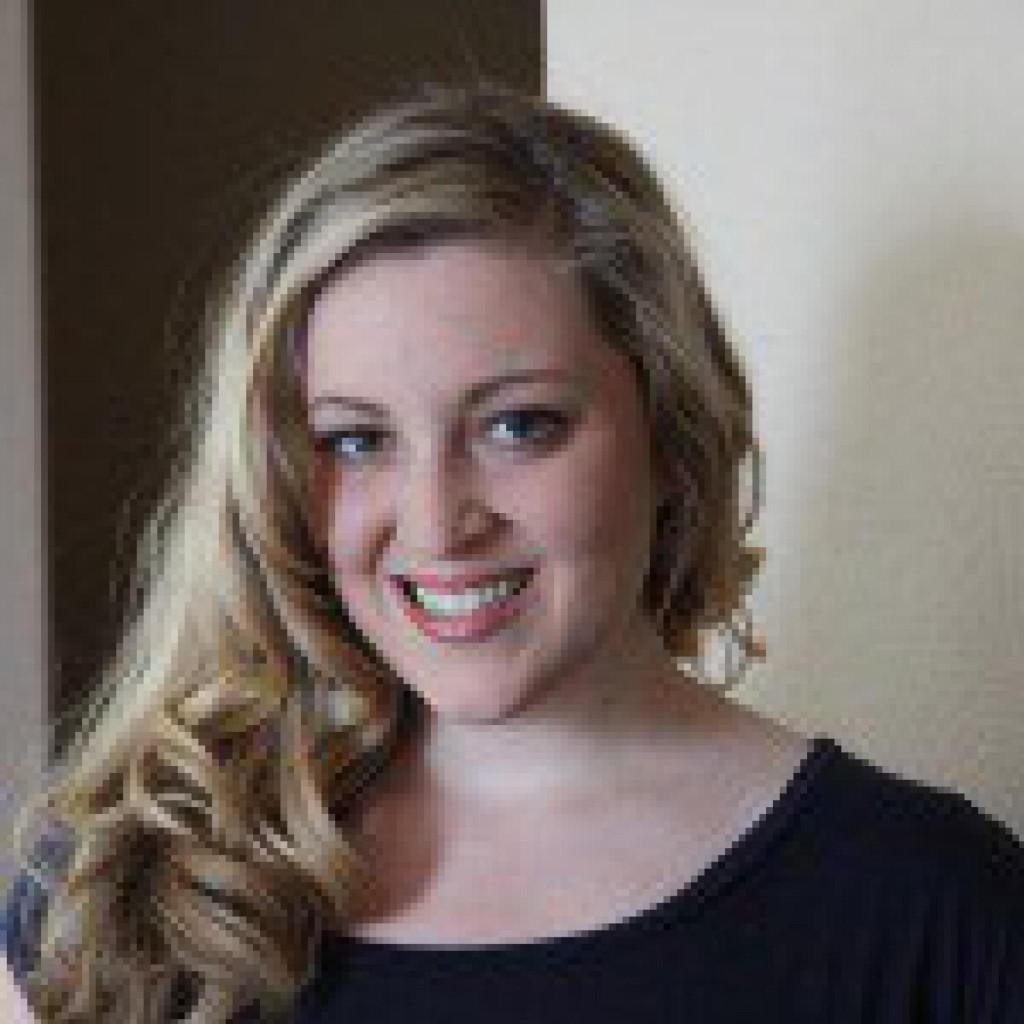 Headshot of MakeUseOf Writer, Ashley Eneriz