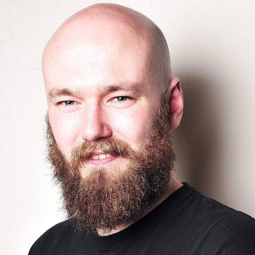 Headshot of MakeUseOf Writer, Andrew Bolster