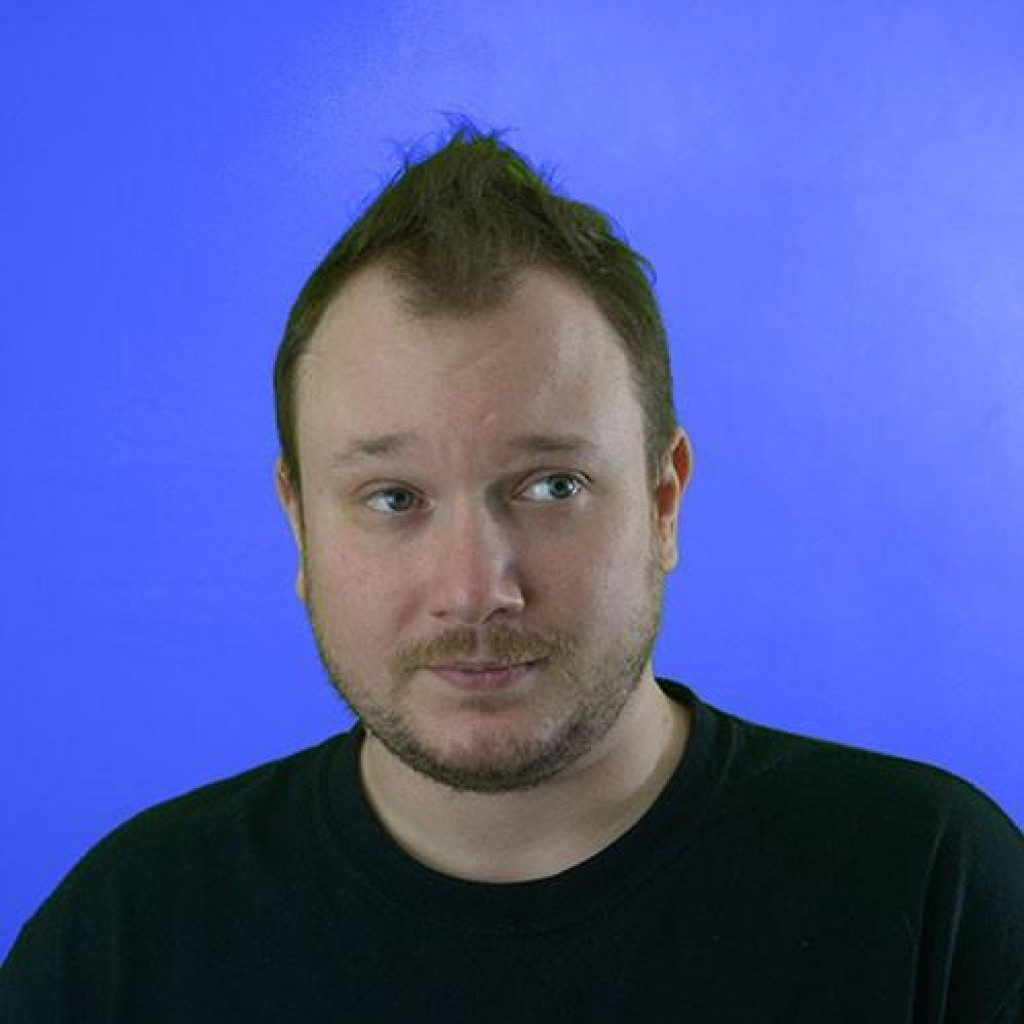 Headshot of MakeUseOf Writer, Kris Wouk