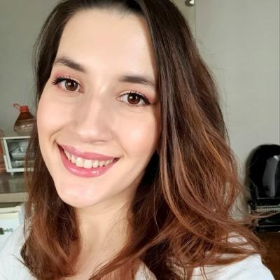 Ane Paschoalino