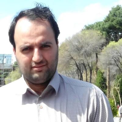 رضا نکوئی ، مدیر وب سایت و مدرس آموزشها