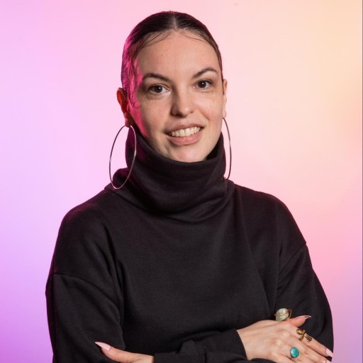 User Avatar of Renée Cruz