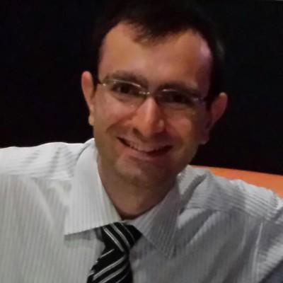André Curvello