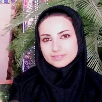 زینب عیوض پور