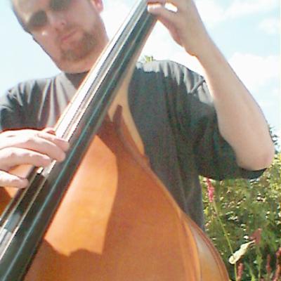 Felix a.k.a. Upright Bassist