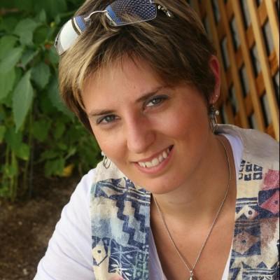 Lindsey Gemme