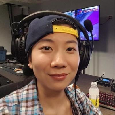 Evie Feng