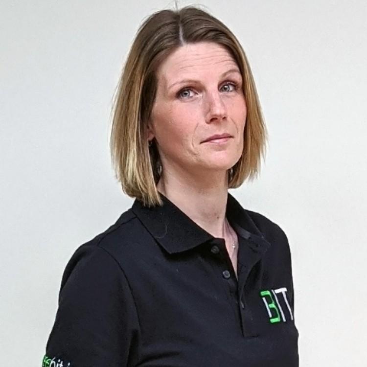 Tina Brügge