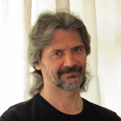 Олег Акинцев