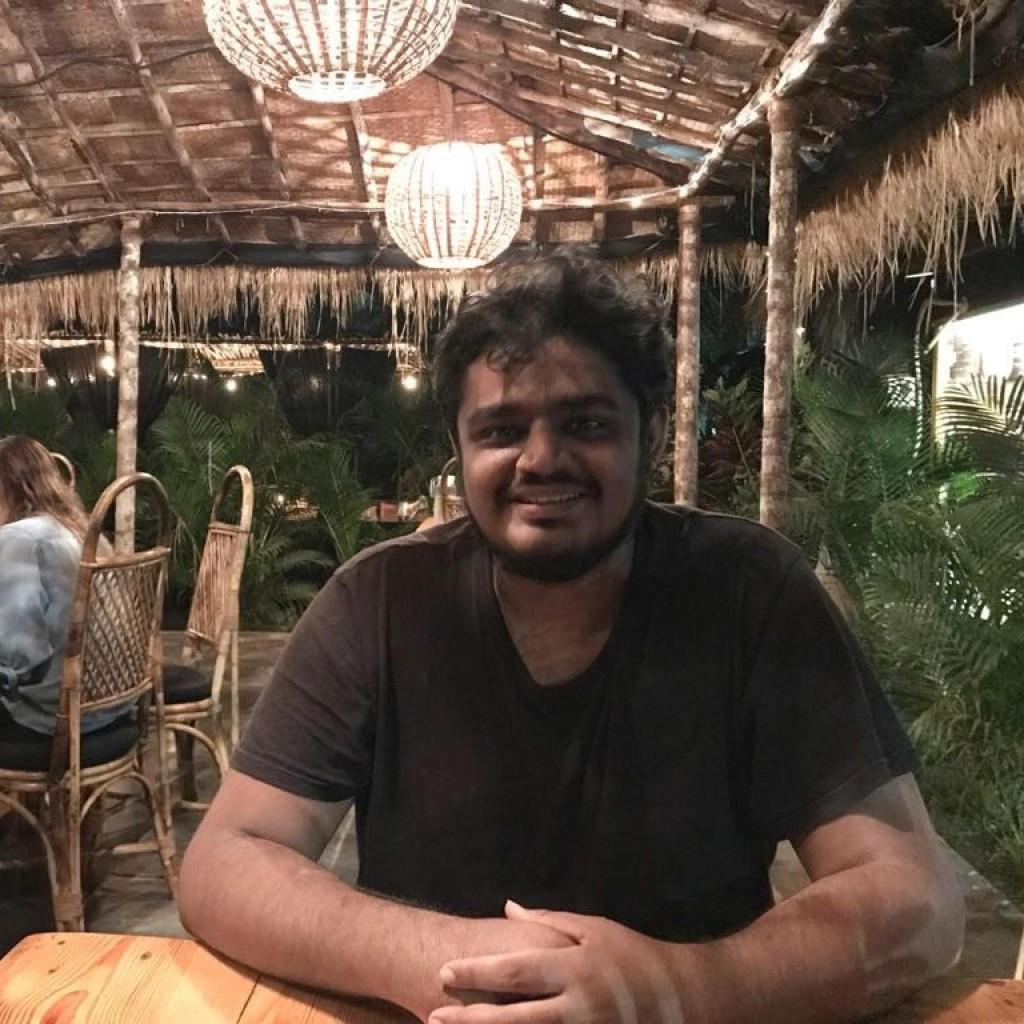 Headshot of MakeUseOf Writer, Mahit Huilgol