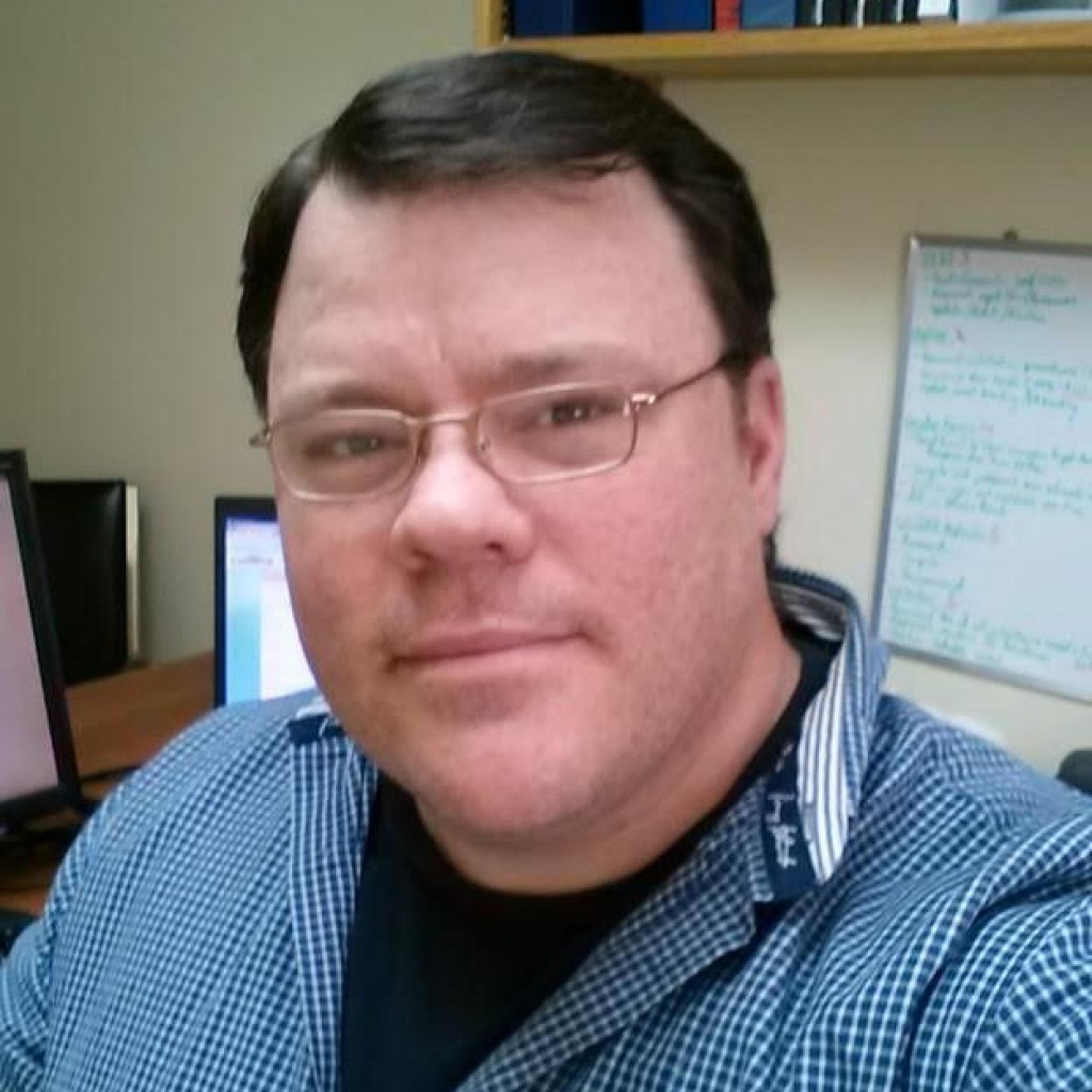 Headshot of MakeUseOf Writer, Guy McDowell